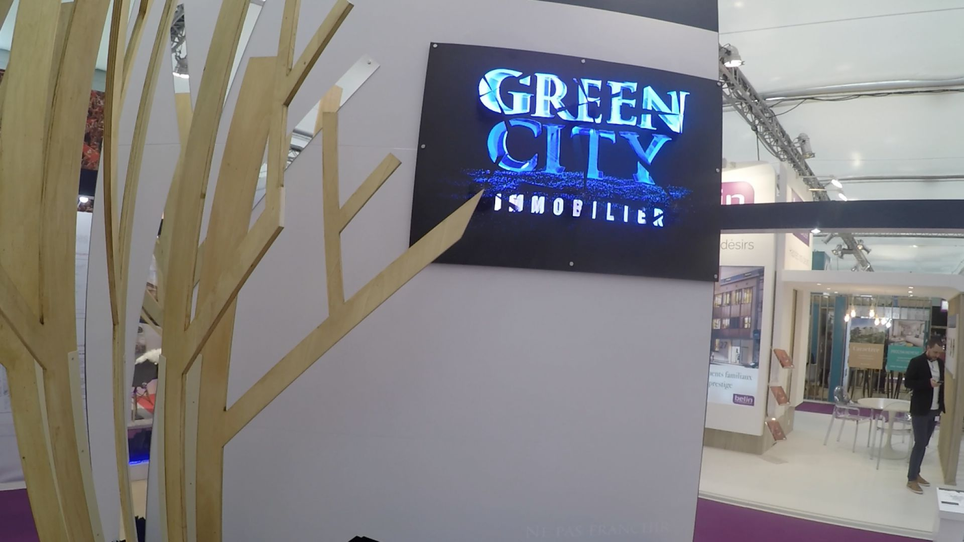 Innovation - Installation d'un hologramme sur le stand Green City